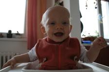 8 měsíců (říjen 2011)